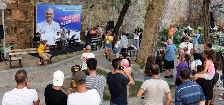 Müzik Sokakta projesi ile 321 müzisyen sahne aldı