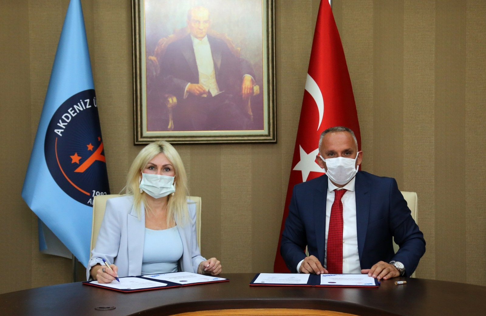 AÜ ile Gençlik ve Spor İl Müdürlüğü arasında 2 protokol imzalandı
