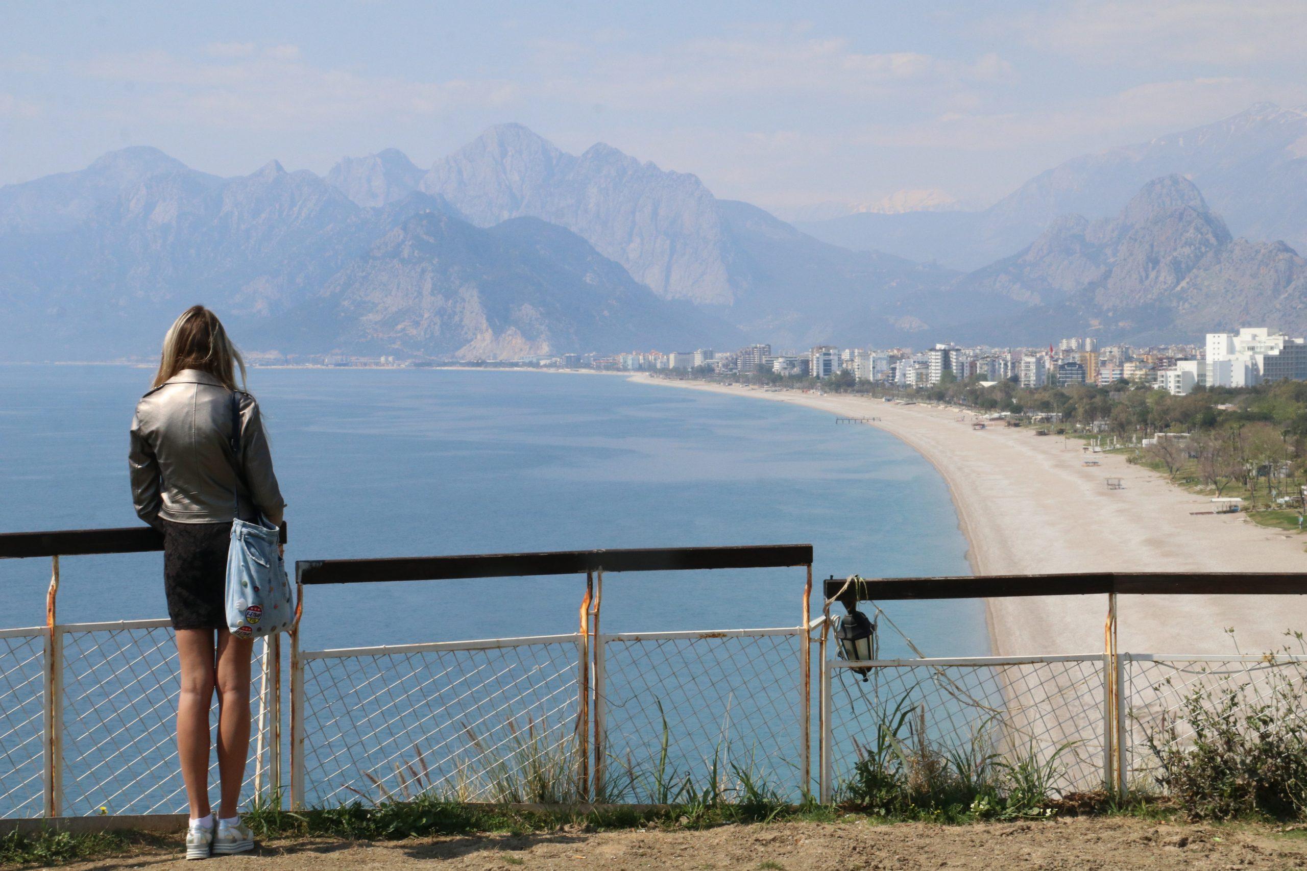 25 Eylül Cumartesi Antalya'da hava durumu...