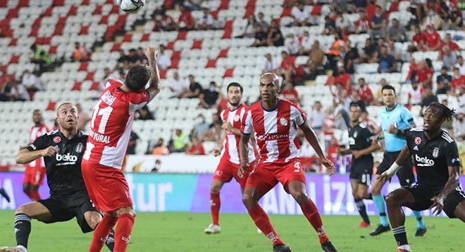 Antalyaspor Beşiktaş karşısında üstünlüğünü koruyamadı