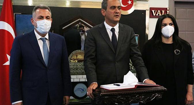 Bakan Mahmut Özer açıkladı! 200 civarında sınıfta koronavirüs nedeniyle eğitime ara verildi