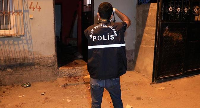 Adana'da korkunç olay! Babasını yaralayıp kardeşini öldürdü