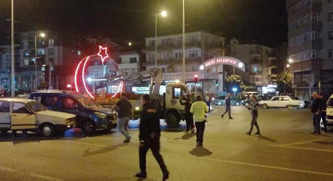 Zonguldak'ta zincirleme kaza! Kırmızı ışıkta bekleyen araçlara çarptı