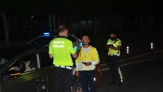 Antalya'da alkollü araç kullananların sürücü belgelerine el konuldu