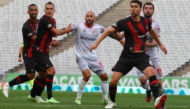 Antalyaspor zorlu deplasmandan puanı kopardı! Karagümrük'le berabere kaldı
