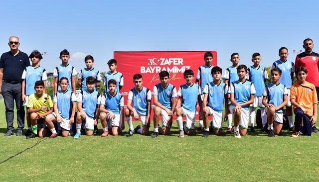 Zafer Bayramı'nı futbol turnuvası ile kutladılar
