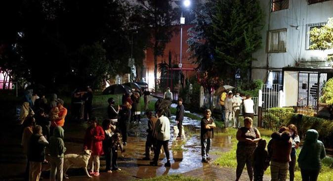 Meksika'da 7.1 şiddetinde deprem oldu! 1 kişi hayatını kaybetti