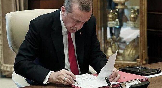 Cumhurbaşkanı Erdoğan imzaladı! Bakanlıklarda kritik atamalar