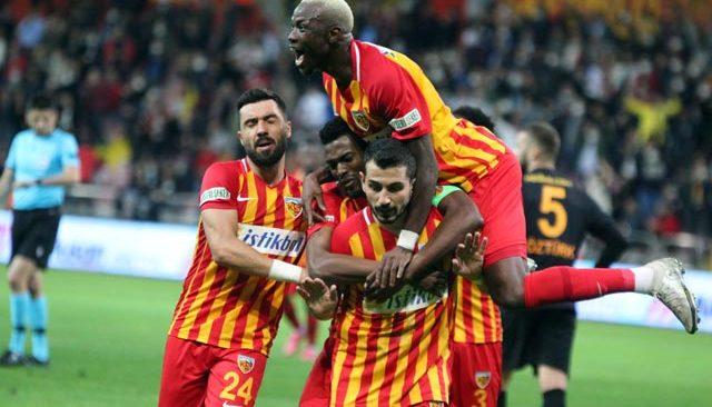 Galatasaray'da kötü gidişat! Kayseri 3 gole 3 puan aldı