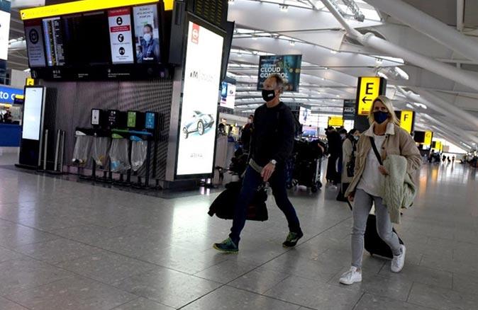 İngiliz turistler Türkiye'nin kırmızı listeden çıkarılması için imza kampanyası başlattı