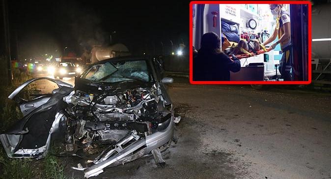 Kocaeli'ndeki kazada küçük çocuk camdan yola fırladı