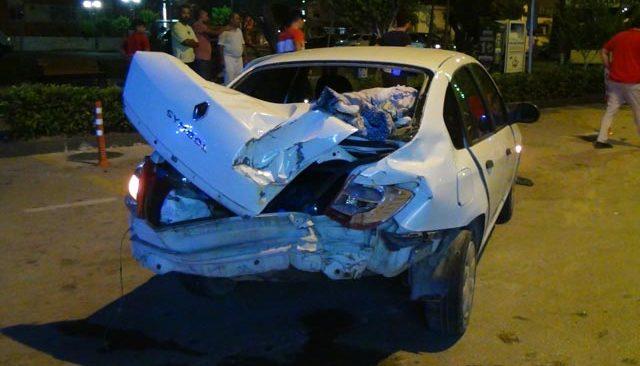 Kaza yapan oğlunu hastaneye götürmek isterken kaza yaptı