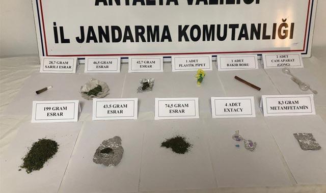 Isparta - Antalya Karayolu'nda uyuşturucu operasyonu