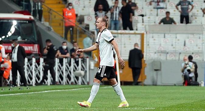Beşiktaş'ta Domagoj Vida ve Alex Teixeira sakatlandı