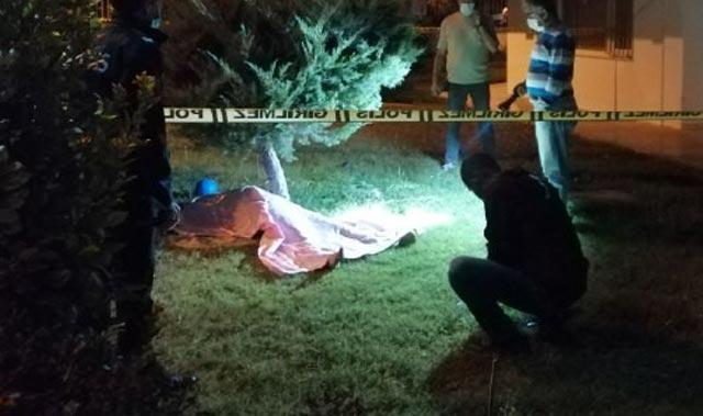Antalya'da apartman bahçesinde 19 yaşındaki gencin cesedi bulundu