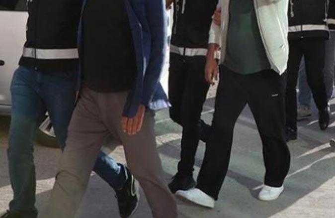 Antalya'da cezası bulunan 4 şahıs yakalandı