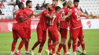 Antalyaspor kupada zorlanmadan tur atladı