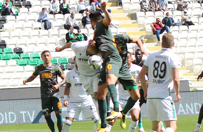 Aytemiz Alanyaspor Konyaspor ile berabere kaldı