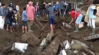 Bali Adası'nda 4.8 büyüklüğünde deprem oldu