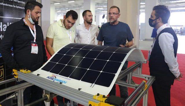 CW Enerji, fuarlarda yeni iş bağlantıları kuruyor
