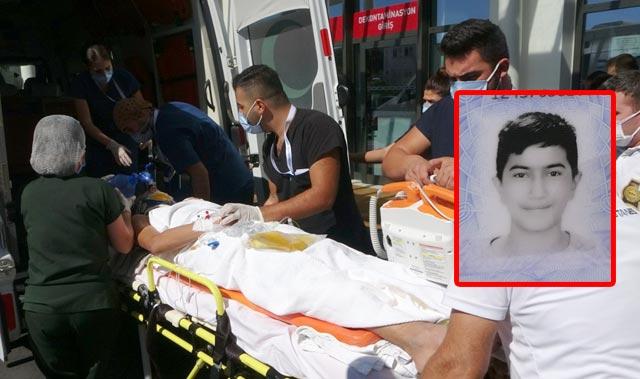 Yaya geçidinde otomobil çarptı! 15 gencin durumu kritik...