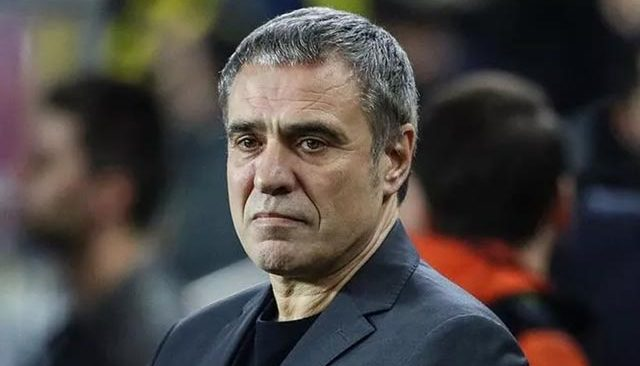 Antalyaspor'da Ersun Yanal ile resmi olarak yollar ayrıldı
