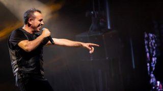 Ünlü şarkıcı Haluk Levent'in soyadının öğrenenler şok yaşadı