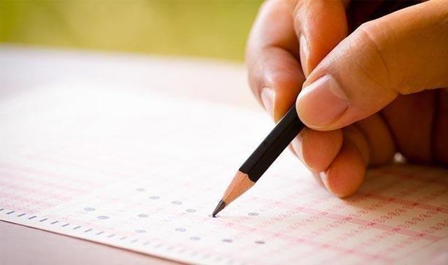 YÖK'ten azami sürelerini dolduran öğrencilere ek sınav hakkı