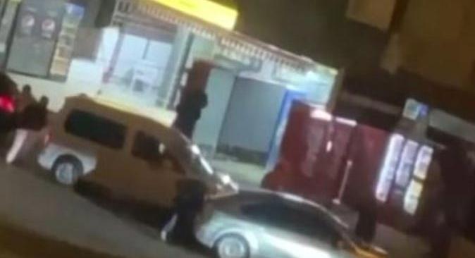 Antalya'da tartışan kişiler birbirlerine dakikalarca kurşun yağdırdı